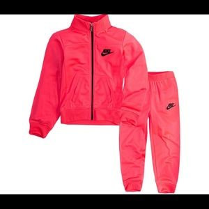 2 pc Nike outfit